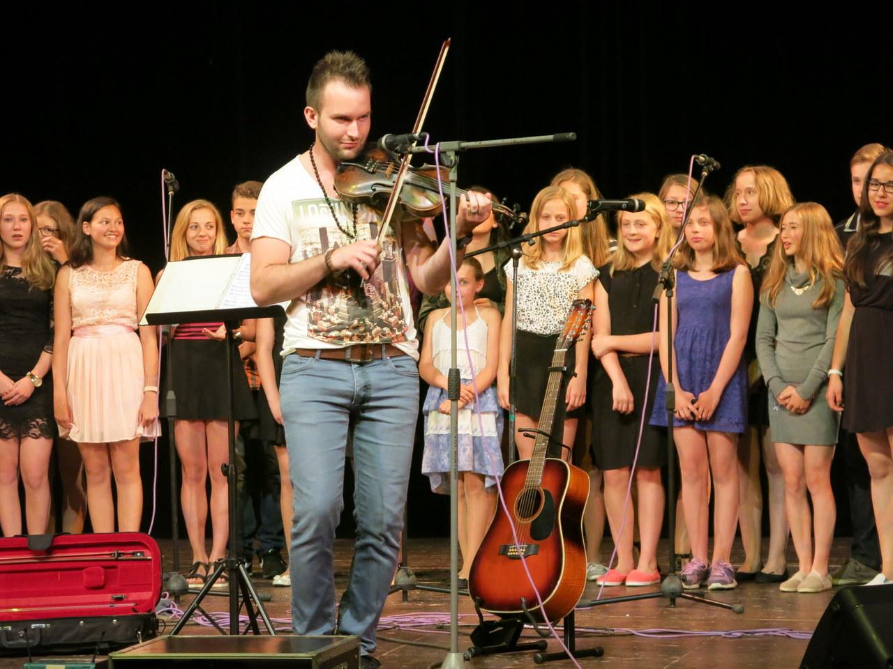 Jarní koncert pěveckého sboru Oříšek - fotogalerie