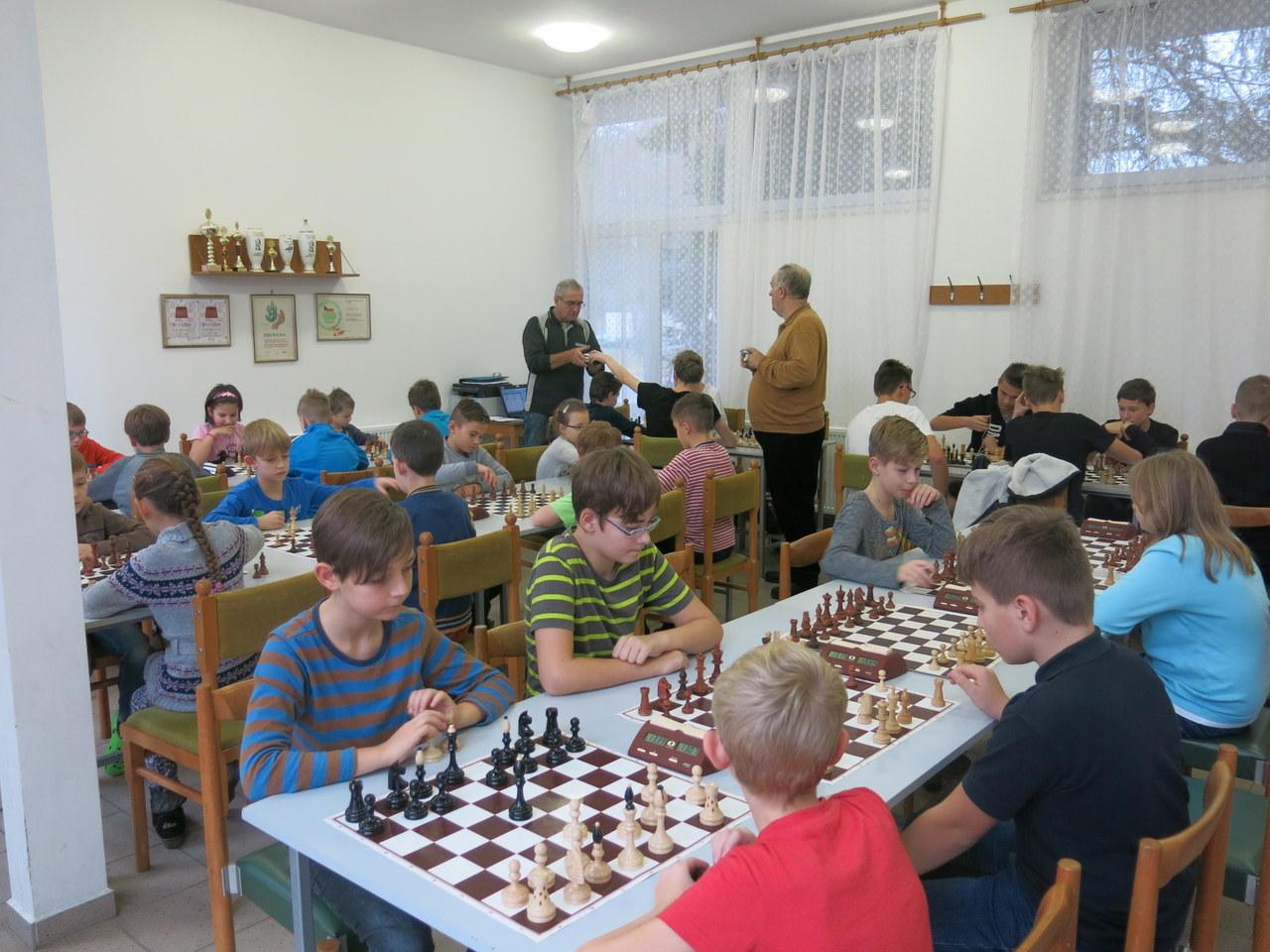 Zdatní šachisté ze Sadů bojovali o postup do okresního kola