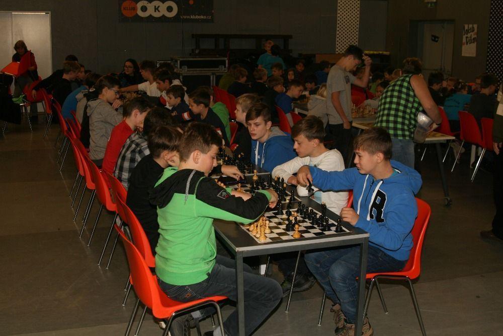 Klub OKO přivítal nejlepší šachisty z místních základních škol