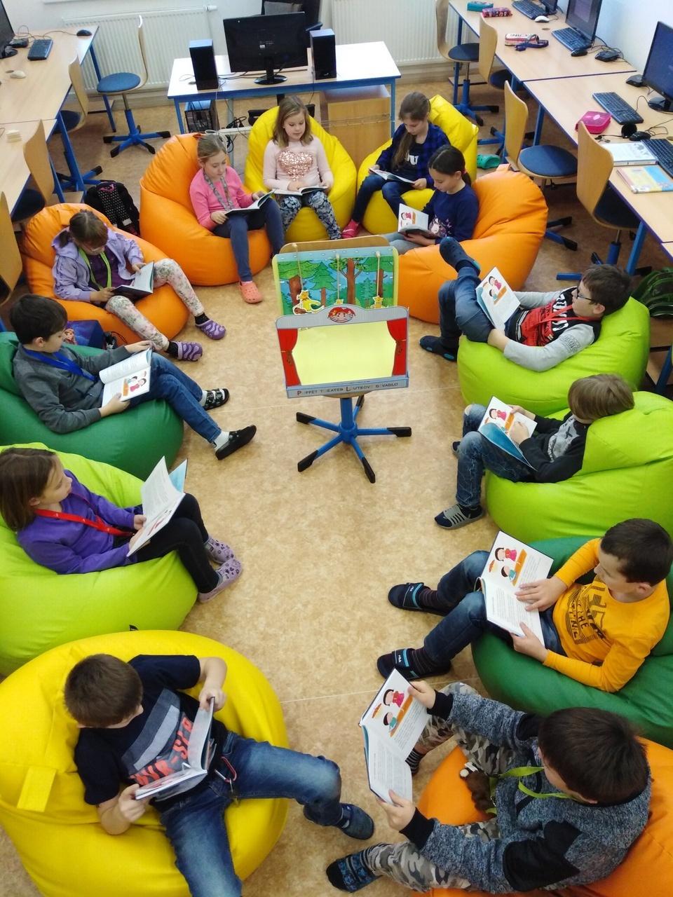 Čtenářský klub s třeťáky