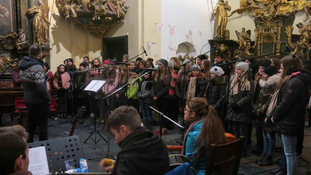 Vánoční koncert pěveckého sboru Oříšek